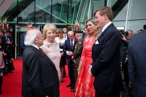President and Sabina attend a performance by Nederlands Dans Theater as guests of King Willem-Alexander and Queen Máxima of The Netherlands