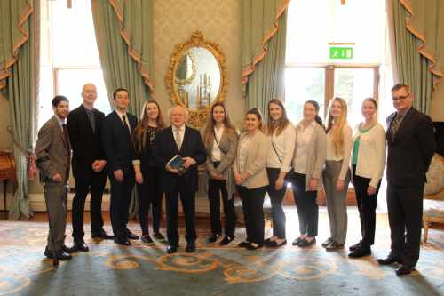 President receives students from Centenary University New Jersey