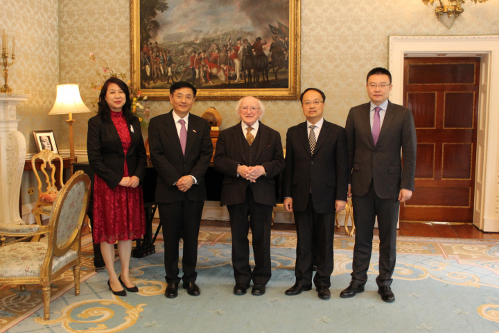 President receives the Ambassador of China on a Farewell Courtesy Call