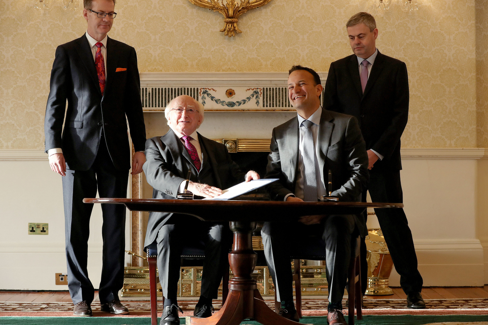 President signs warrant for the dissolution of the 32nd Dáil