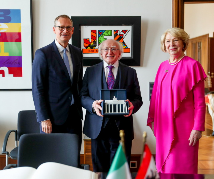 President and Sabina meet Mr. Michael Müller, Governing Mayor of Berlin
