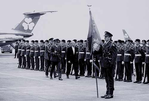 President O Dalaigh inspects a guard of Honour at Dublin Airport