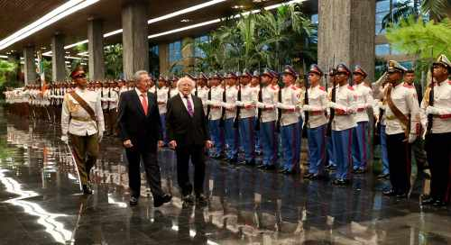 President attends Official Welcome Ceremony at the Revolutionary Palace