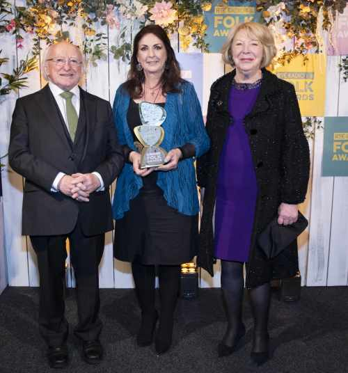 President attends the RTÉ Radio 1 Folk Awards and presents the lifetime achievement award to Moya Brennan
